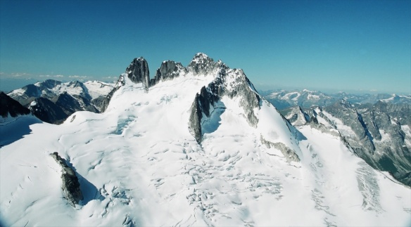 a view from Bugaboo Spire top