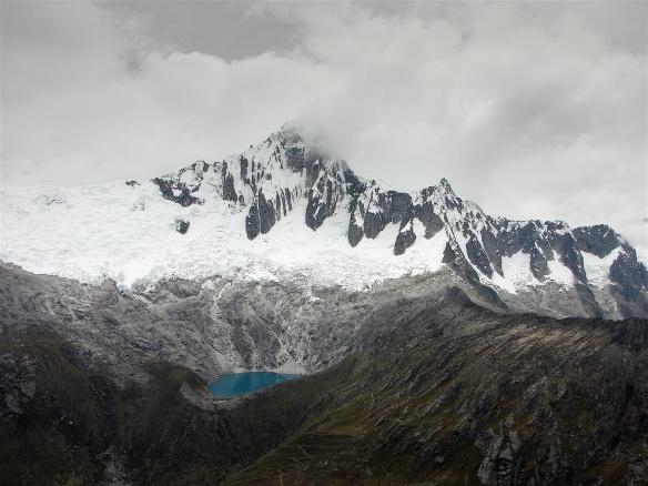 Taulluraju and its lake