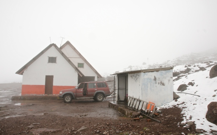 leaving our vehicle at the Refugio Carral