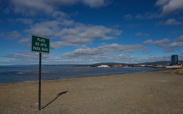 the gravel beach on the Punta Arenas waterfront