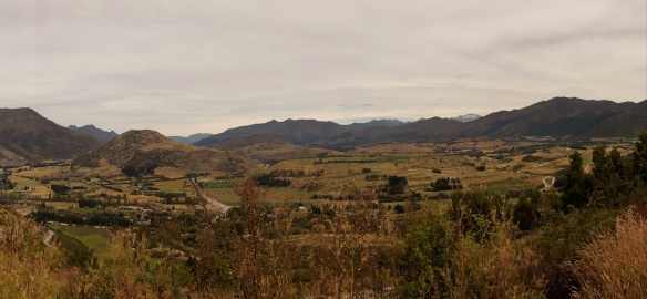 a view of the valley approaching Arrowtown
