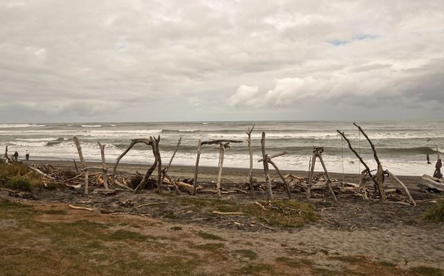 hokitika-sign-on-the-beach
