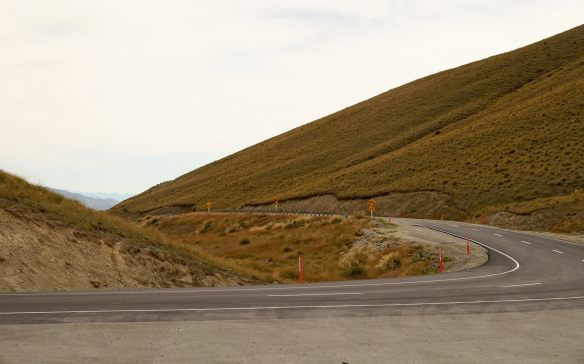 one last look back to the Cardrona Road from the Crown Range lookout