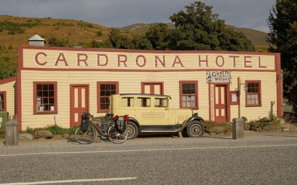 the Cardrona Hotel and a vintage car