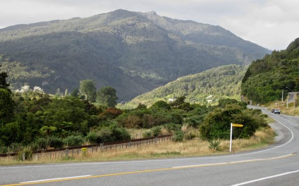 the road to Greymouth from Stillwater