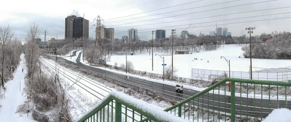 panorama from the Riverdale Bridge - the CN Tower and downtown are in the distance