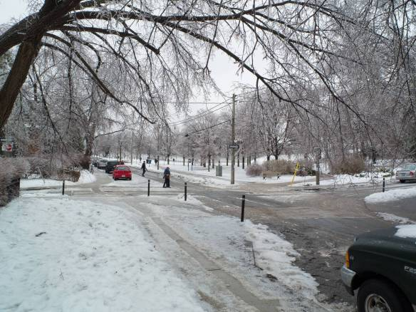 Riverdale street on Day 1 of the Icestorm