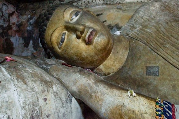 Dambulla Cave 1 - the head of the reclining Buddha