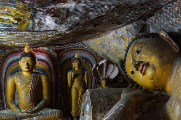 Dambulla Cave 5 buddhas