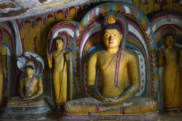 Dambulla Cave 5 seated and standing buddhas