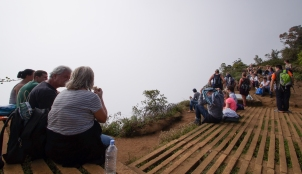 Horton Plains - World's End view!