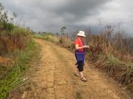 Dickoya dirt path