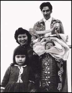 Harriet, Norval, Victoria and Pierre Morrisseau_Toronto_March 1964_photo by Globe and Mail, Toronto