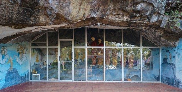 cave murals and dispaly at foot of Maha Stupa