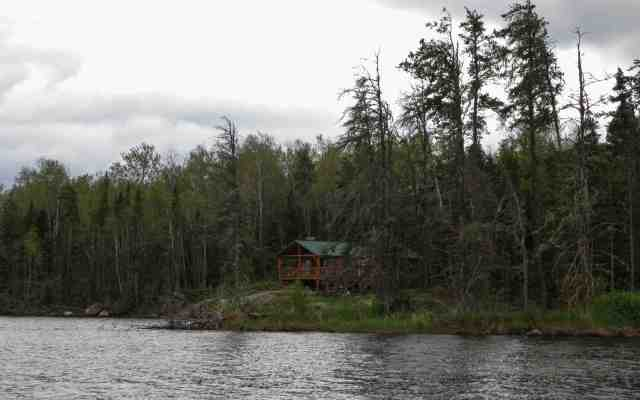 Jackson's Lodge on Manitoba side of Artery Lake