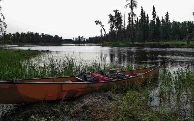 Bloodvein break time - above Kautunigan Lake