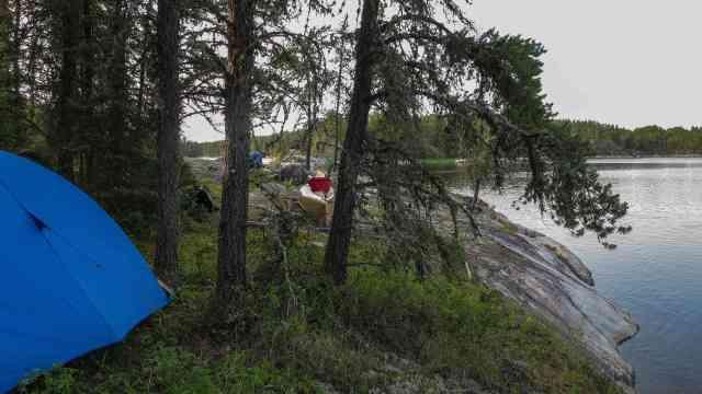 Bloodvein Campsite above Goose Rapids - different perspective