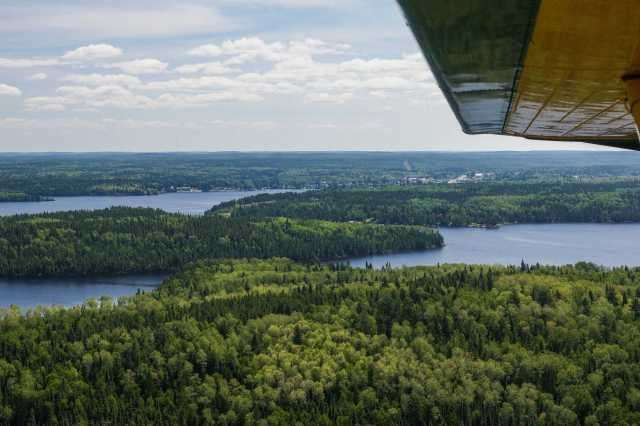 Red Lake Townsite under the wings of the Beaver