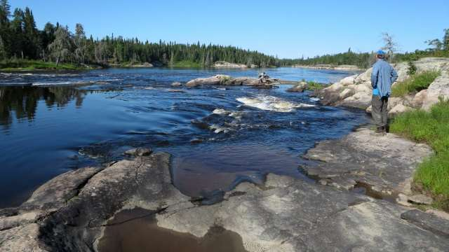 river left at Meekisiwi Rapids (W87)
