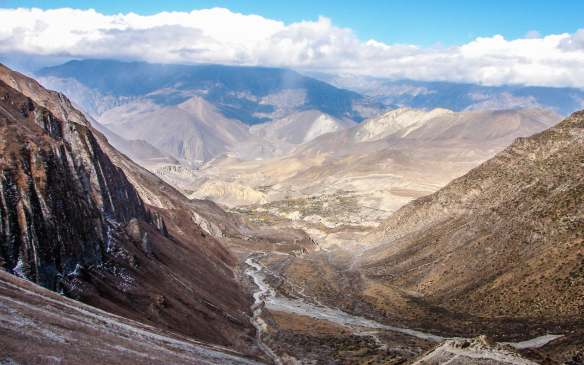the descent to Muktinath continues