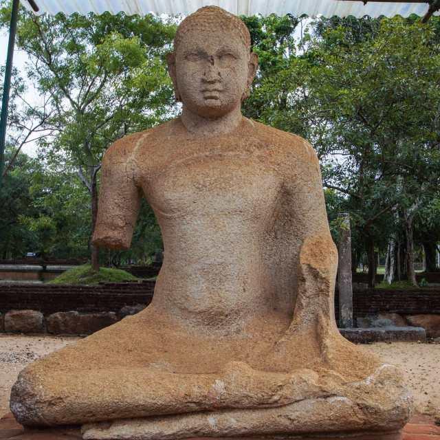 close up of Abhayagiri's second Samadhi Buddha statue