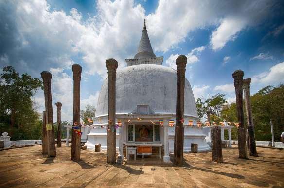 Lankarama and pillars