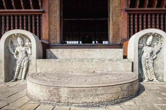 concrete version  of classic Sinhalese architectural elements - guardstones and moonstone