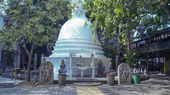 dagoba at the Gangaramaya Temple complex
