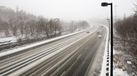 the Don Valley Expressway on a snowy morning