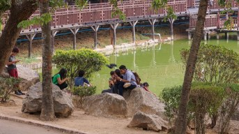 15. Yangon teens and their smartphones by Kandawgyi Lake