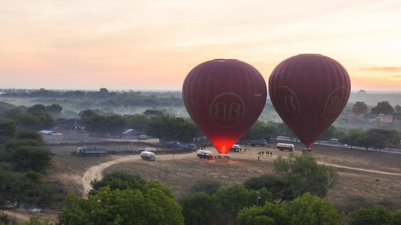 Baan balloons rising over the start point