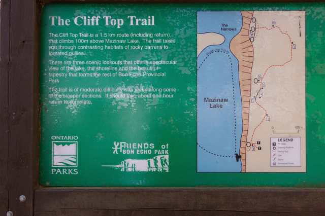 Mazinaw Cliff Top Trail info board