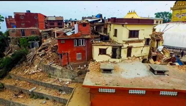 Swayambhu gompa damage April 2015