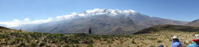 panorama of the norh end of the Cordillera Real