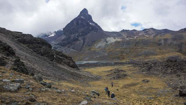 the path to Chiar Khota and our campsite