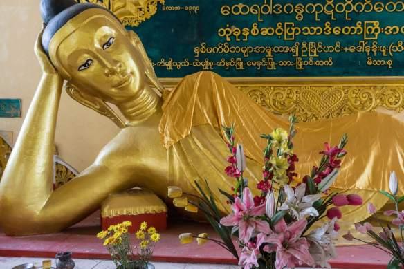 Buddha in parinirvana position