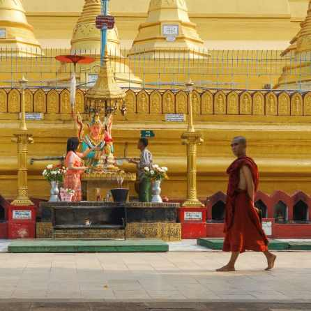 Shwemawdaw shrine being attended to
