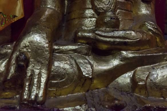 yet another Pindaya Buddha with the unusual mudra