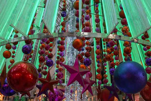 detail from the Eaton Center Xmas Tree