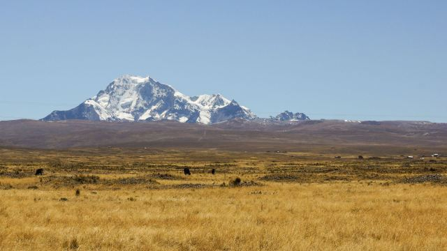 Illimani view from Ruta Nacional 2 west of El Alto