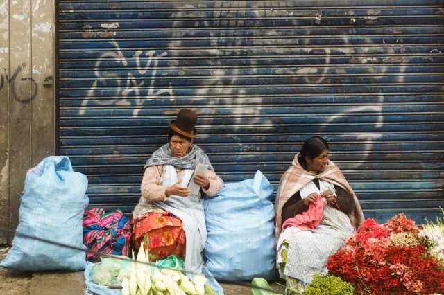 market women in the Rosario district of La Paz