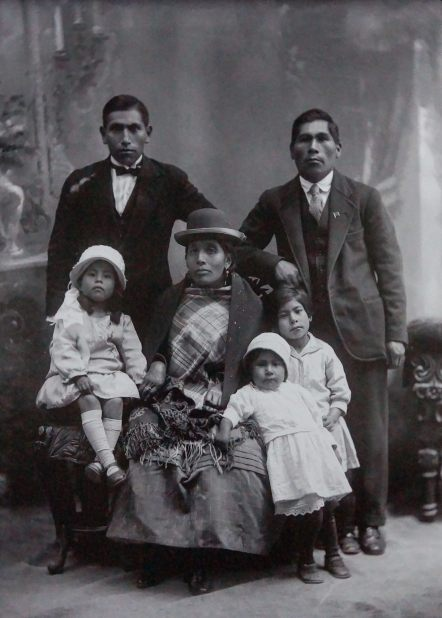 Paceno family portrait 1900