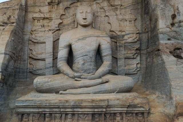 Gal Vihara's seated Buddha