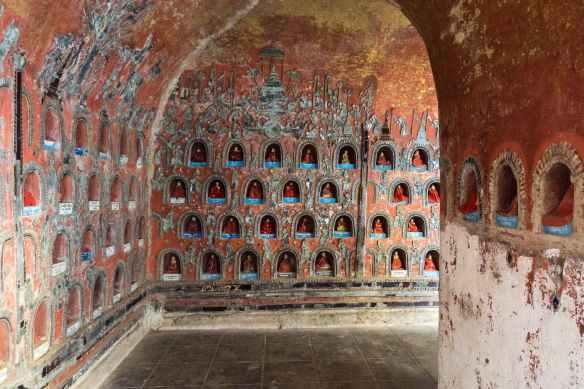 image collection house Shwe Yaunghwe Kyaung - a corner
