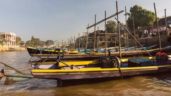 Inle tour boats waiting for customers to arrive