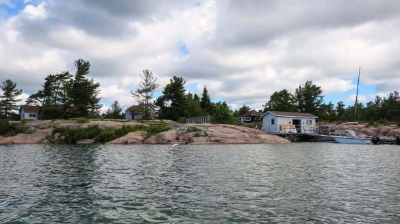 cottages on the way to Hincks island
