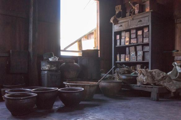 room at In Phaw Khone with dyes and pots