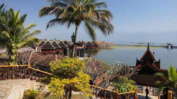 the entrance to the Hu Pin Inle Lake Resort