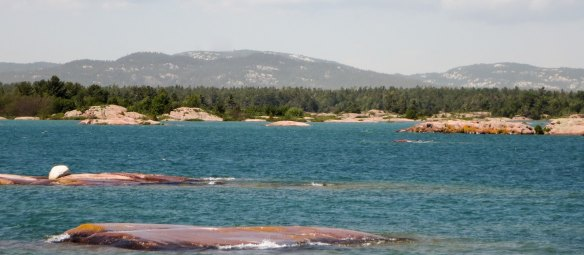 the La Cloche Range in the distance
