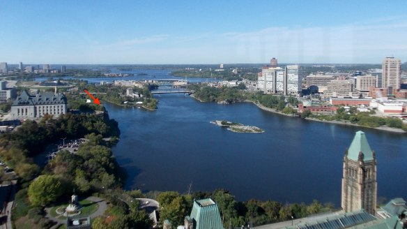 River_Ottawa_(view_from_the_Peace_Tower_of_Parliament_Centre_Block)